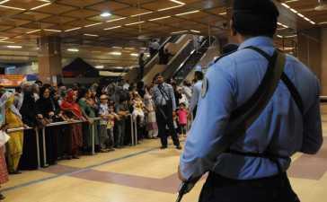 Pakistan Bars Security Personnel