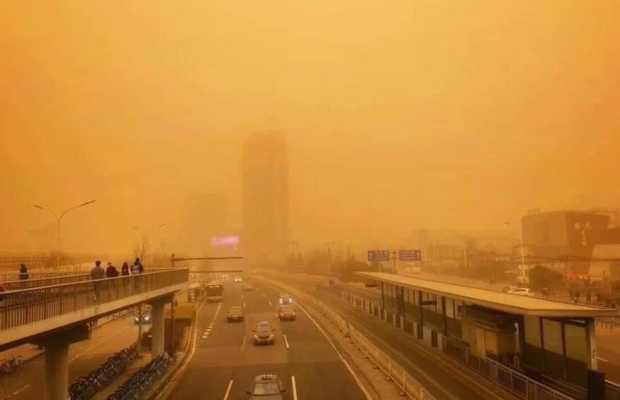 Beijing Hit with Worst Sandstorm