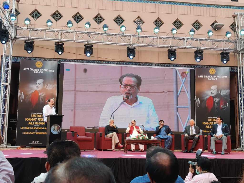 Rahat dedicated the award