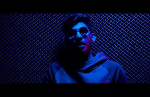 "Moiz Qureshi's Debut single ""Anmol"""
