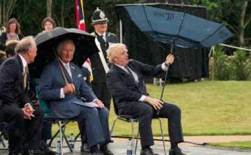 PM Boris Johnson's umbrella mishap