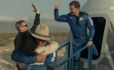 Jeff Bezos's inaugural space flight