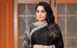 Meera joins Pakistan Tehreek e Insaaf