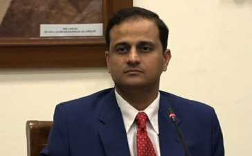 new administrator Karachi