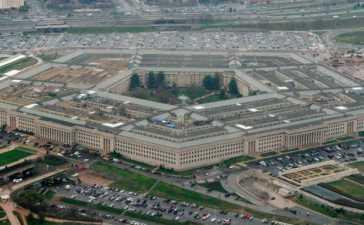 Pentagon briefly locked down