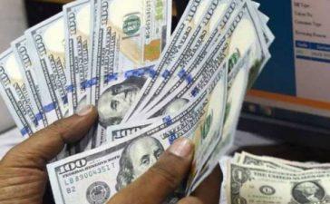 Dollar hits a historic high