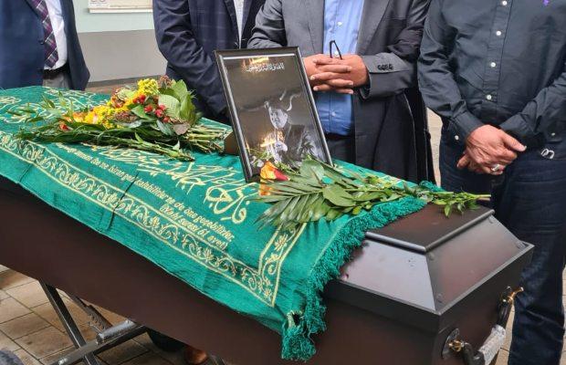 Umer Sharif's Funeral prayers
